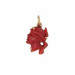 Pendentif tête de maure corail rouge de méditerranée sur or jaune 18k