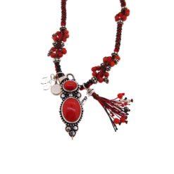 Collier macramé rouge, argent et corail rouge.