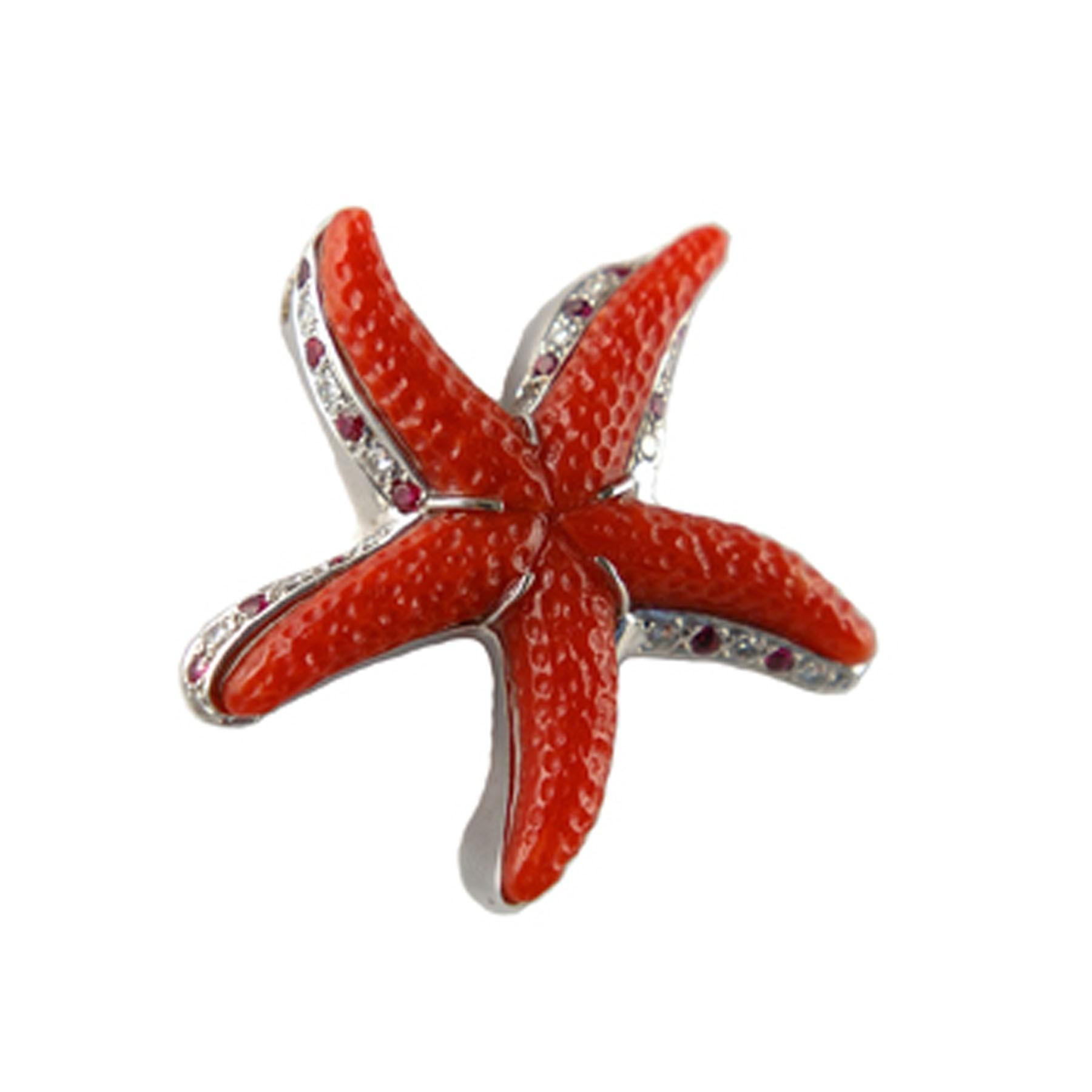 Pendentif étoile De Mer En Corail Rouge Diamants Rubis Et Or Blanc