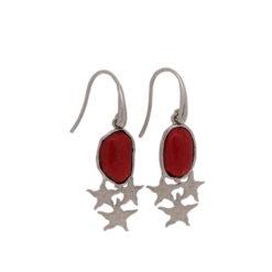 Boucles d'oreilles en argent, étoiles et corail rouge.