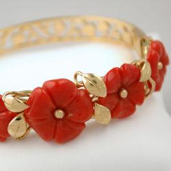 bracelet fleurs de corail rouge et or