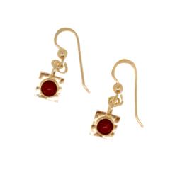 boucles d'oreilles argent doré système crochet cabochons corail rouge méditerranée