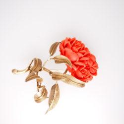 broche fleur ancienne corail rouge et or