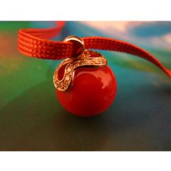 pendentif perles corail rouge de méditerranée monture or jaune 18k et diamants