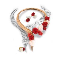 coller histoire de roses en corail rouge, corail rose du Japon et or