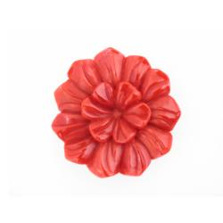 fleur sculptée en corail rouge