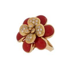 bague or jaune 18k à la folie corail rouge de méditerranée corse et diamants vue coté