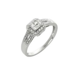 bague solitaire diamants or blanc 18k taille princesse