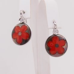 Boucles d'oreilles or blanc 18k nacre grise et petales fleur corail rouge méditerranée corse
