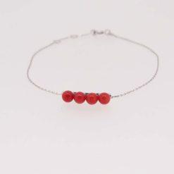 Bracelet chaine or blanc 18k motif quatre perles corail rouge de méditerranée