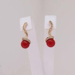 Boucles d'oreilles or jaune 18k diamants et perles corail rouge méditerranée
