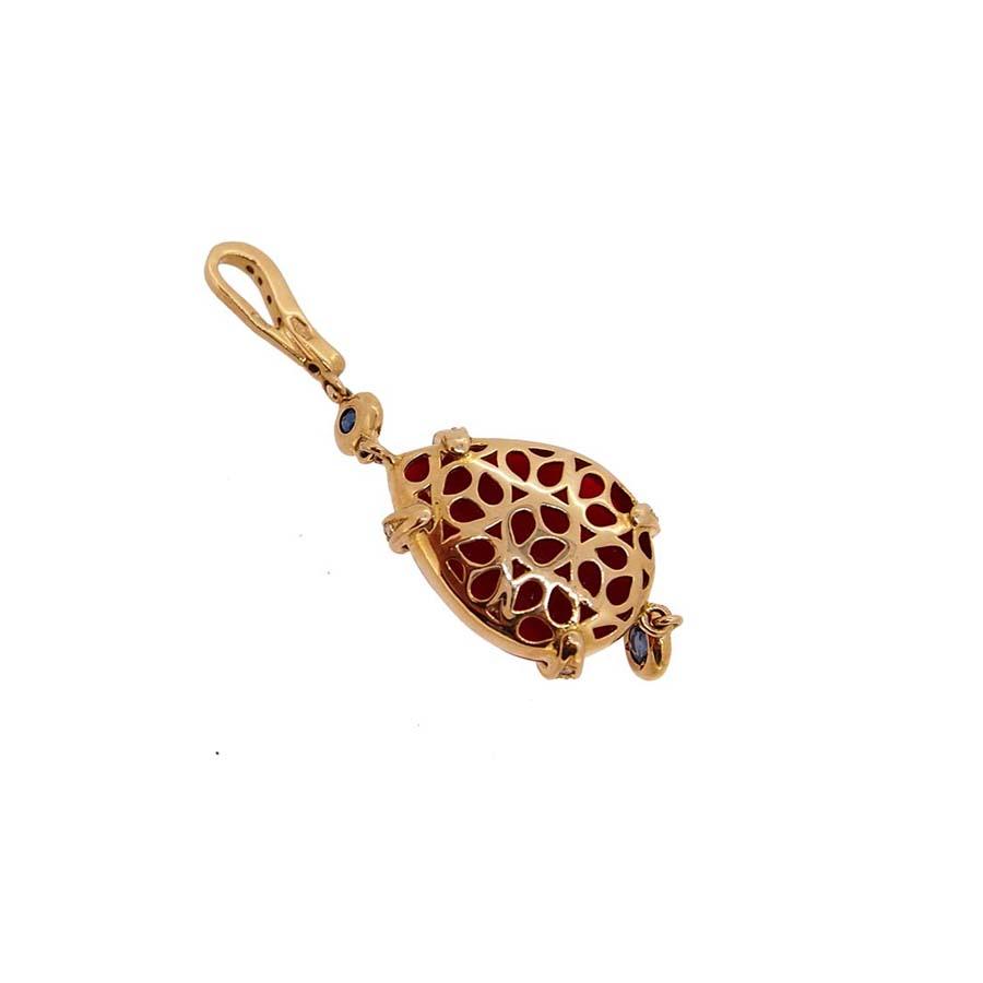 Pendentif or jaune 18k diamants saphirs et corail rouge de méditerranée corse